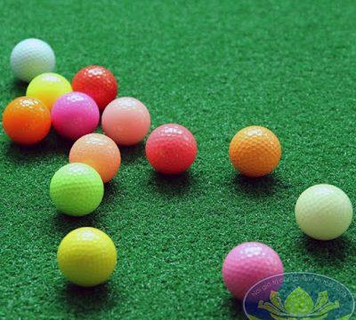 Bóng golf màu