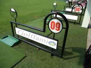 Vách ngăn sân tập golf sắt có gương VG04
