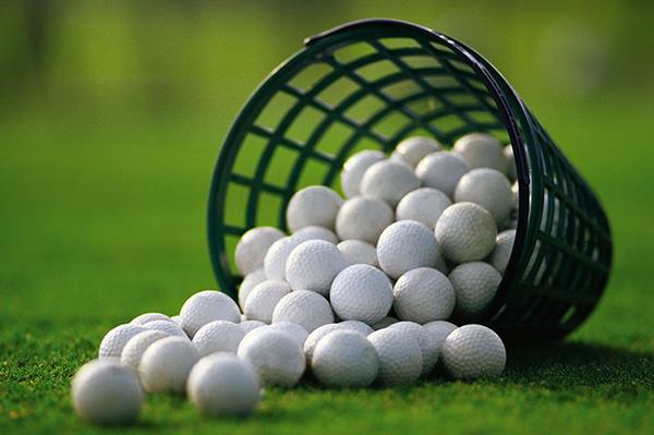 Bóng golf-Dụng cụ golf không thể thiếu khi chơi golf