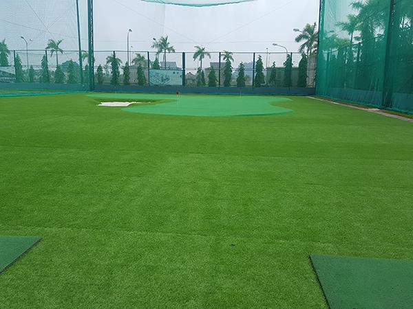 Sân tập golf