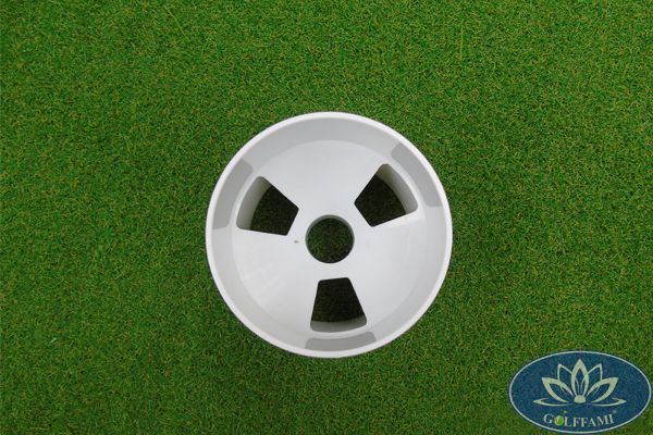 Lỗ cờ golf nhựa