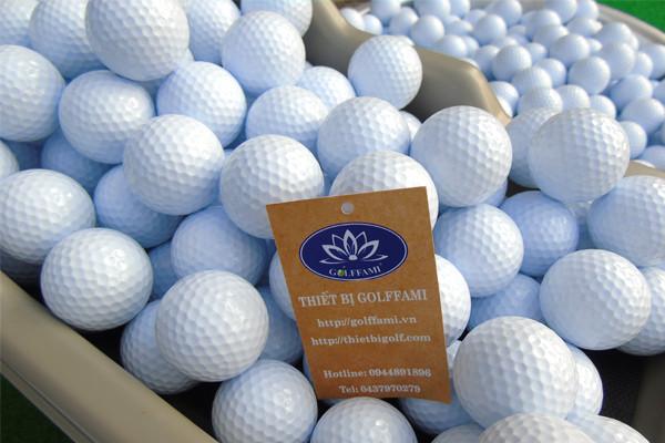 Đặc điểm của bóng golf