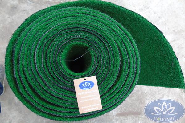 Cuộn thảm cỏ nhân tạo sân golf