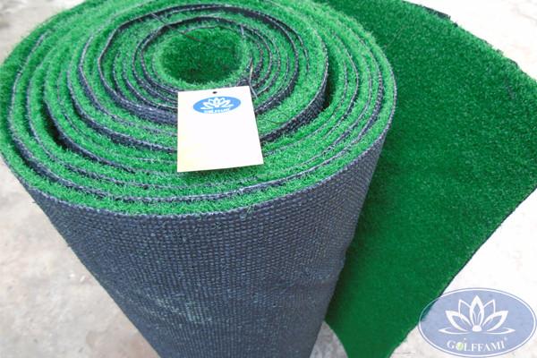Cuộn cỏ nhân tạo sân golf Gomic612