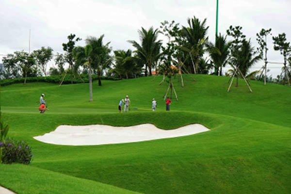 Sân golf Tân Sơn Nhất điểm đến không thể bỏ qua
