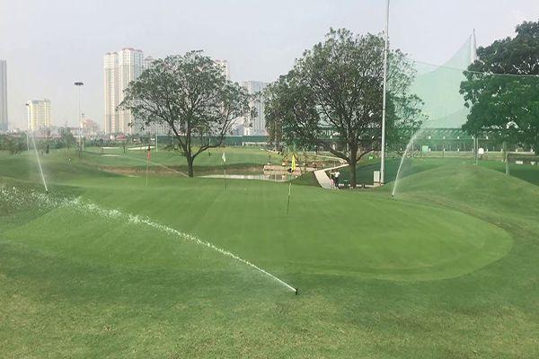 Sân golf Hà Đông