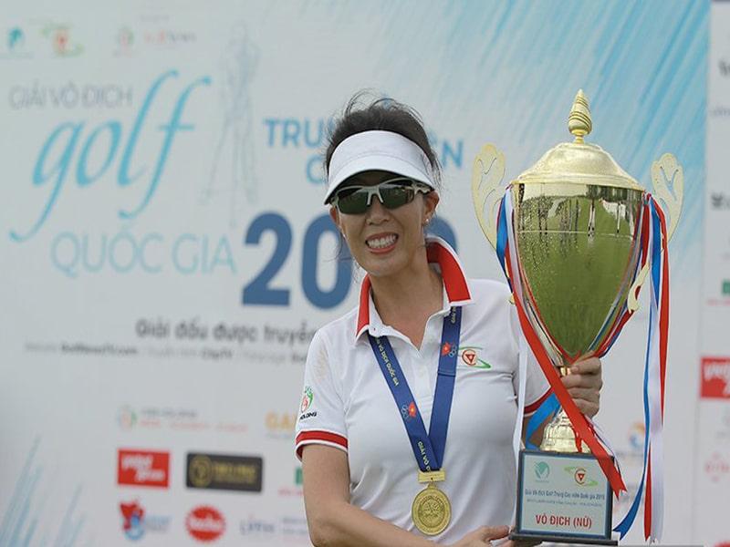 Nguyễn Thị Tố Uyên dành chức vô địch giải cao-trung niên